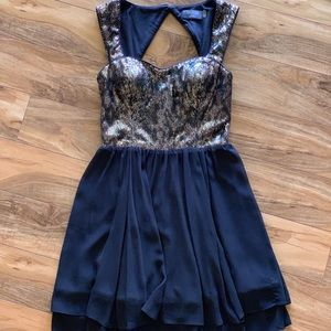 GUESS black and gold short sequin dress
